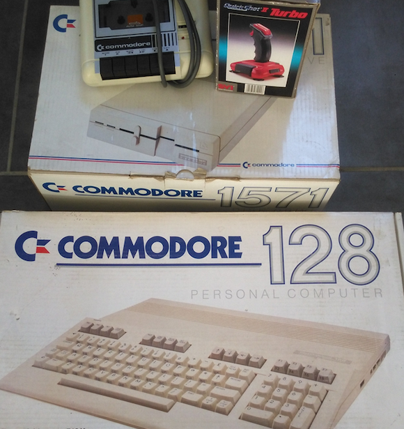 [BROCANTE] Un bel ensemble Commodore 128