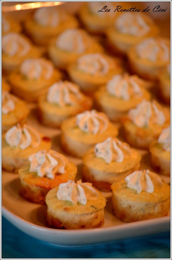 Mini cheesecakes au fromage ail et fines herbes
