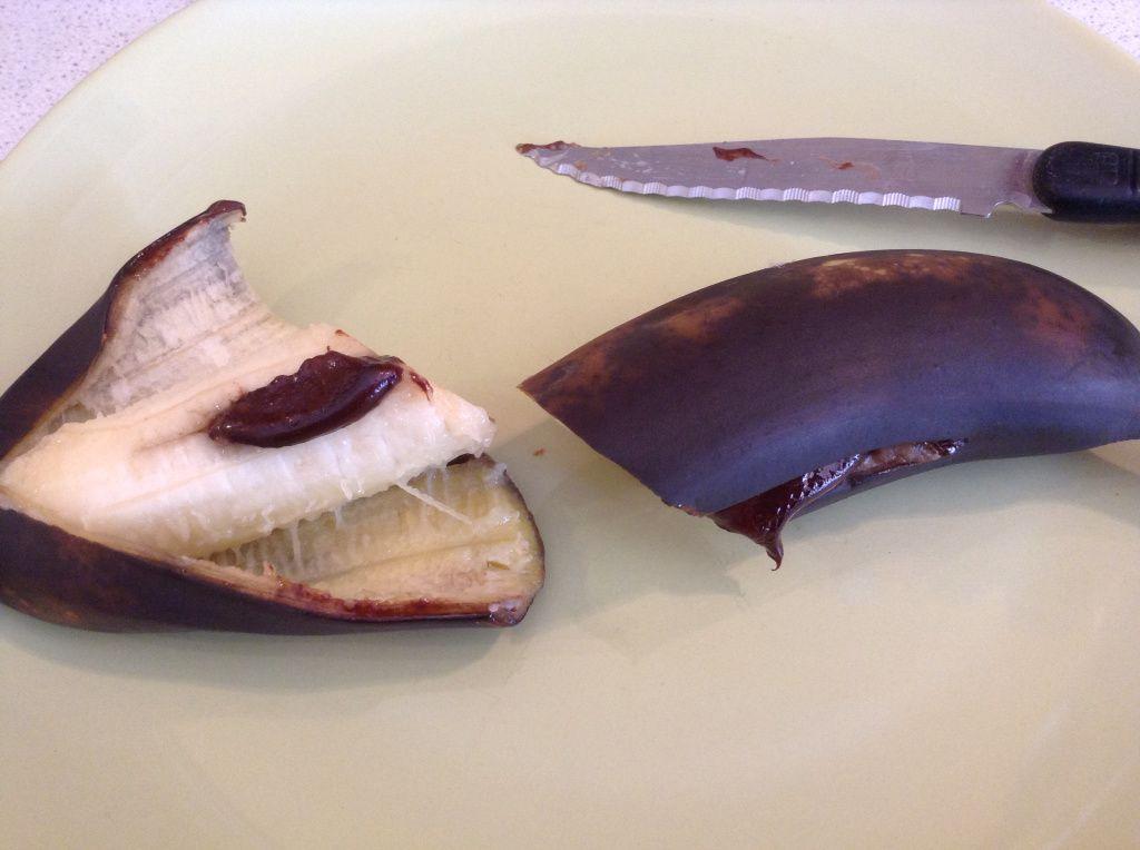 Banane fourrées chocolat cuite au four