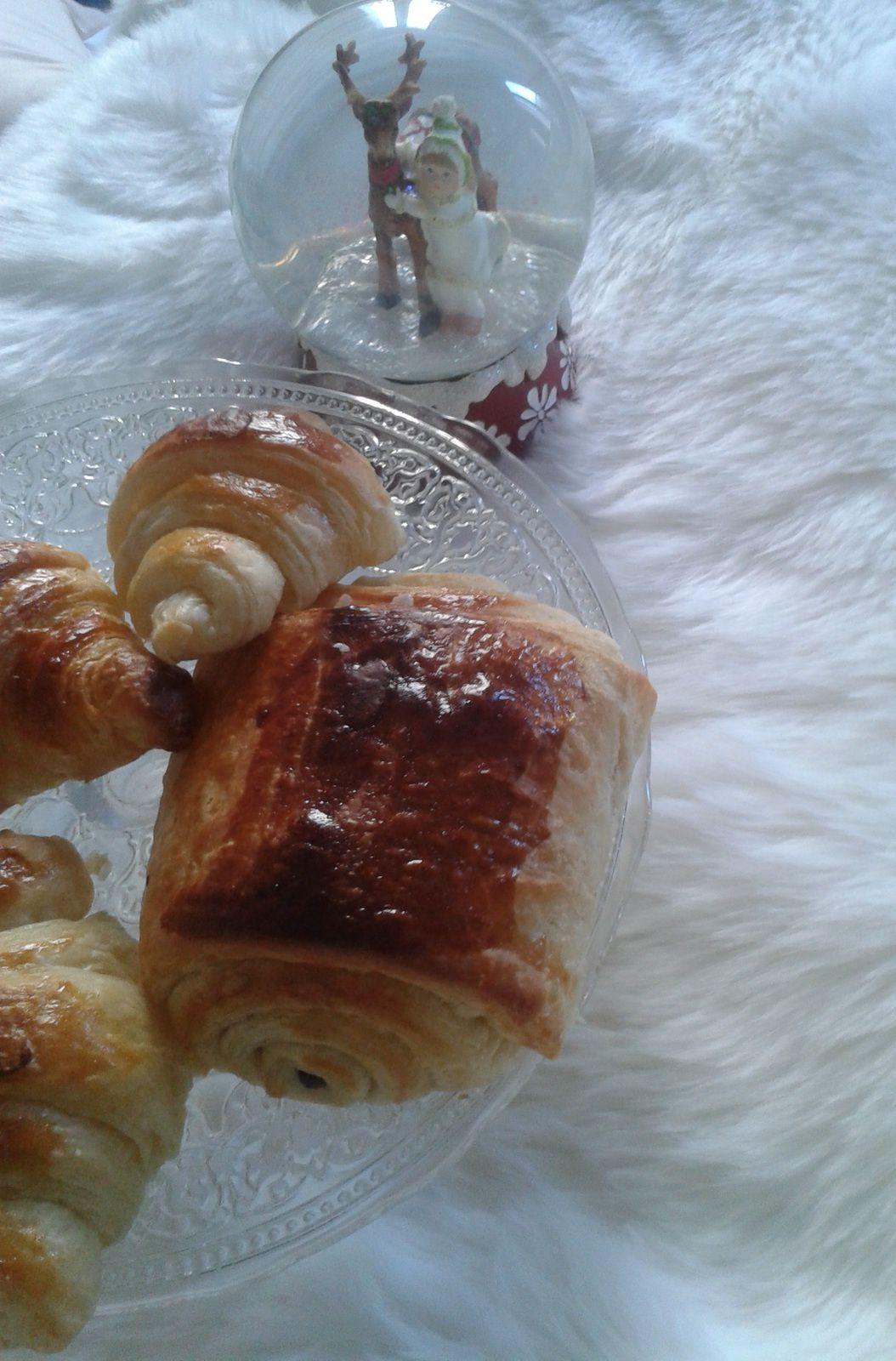 Croissants et pains au chocolat maison l 39 atelier de la f e gourmande - Pain au chocolat maison ...