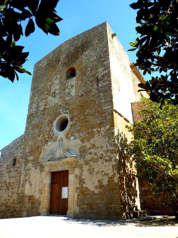 La façade de Sant Feliu