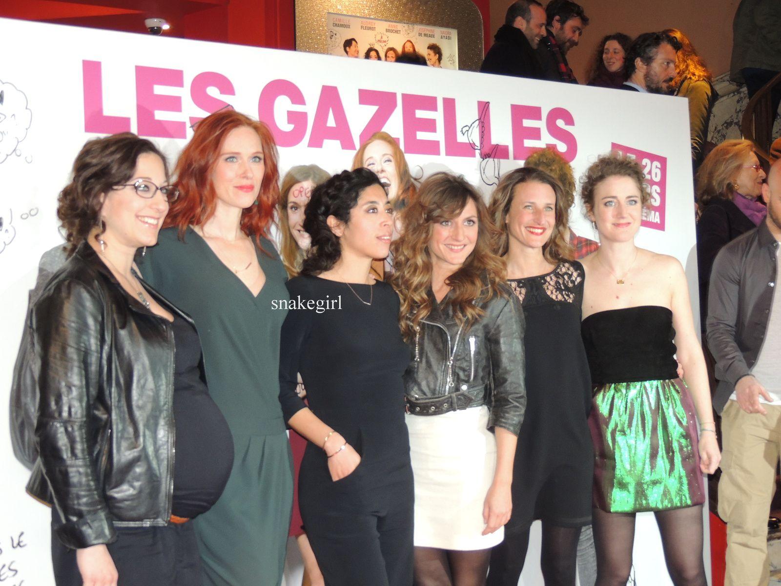 Mona Achache & Audrey Fleurot & Camille Chamoux & Naidra Ayadi & Josephine DeMeaux & Camille Cottin & Franck Gastambide