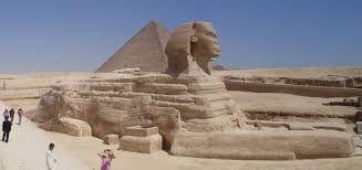 Vistas panorámicas de Egipto. La Gran Esfinge de Guiza, a 20 km del centro de El Cairo.