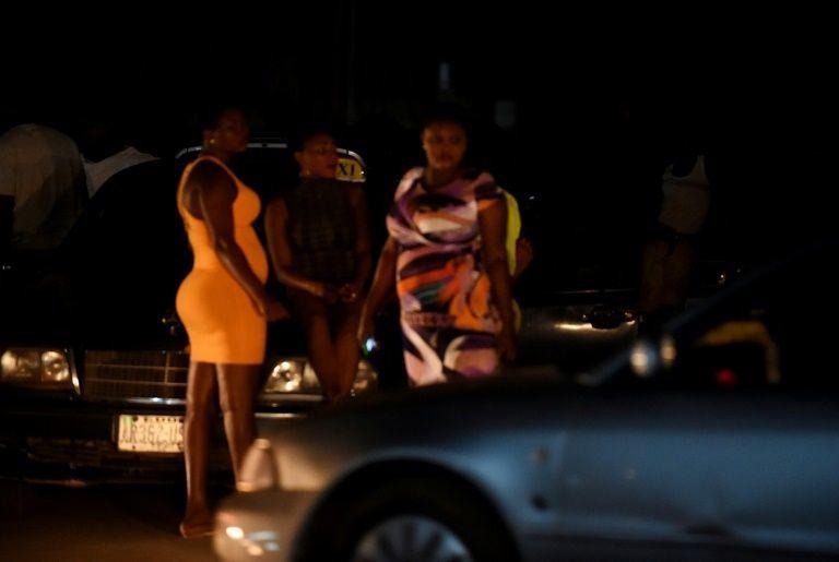Las jóvenes nigerianas, deseosas de llegar a Europa a cualquier precio, incluso si el precio a pagar sea sus cuerpos.