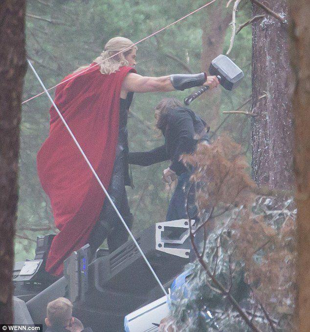 Avengers 2 : Andy Serkis et Anthony Mackie rejoignent le casting