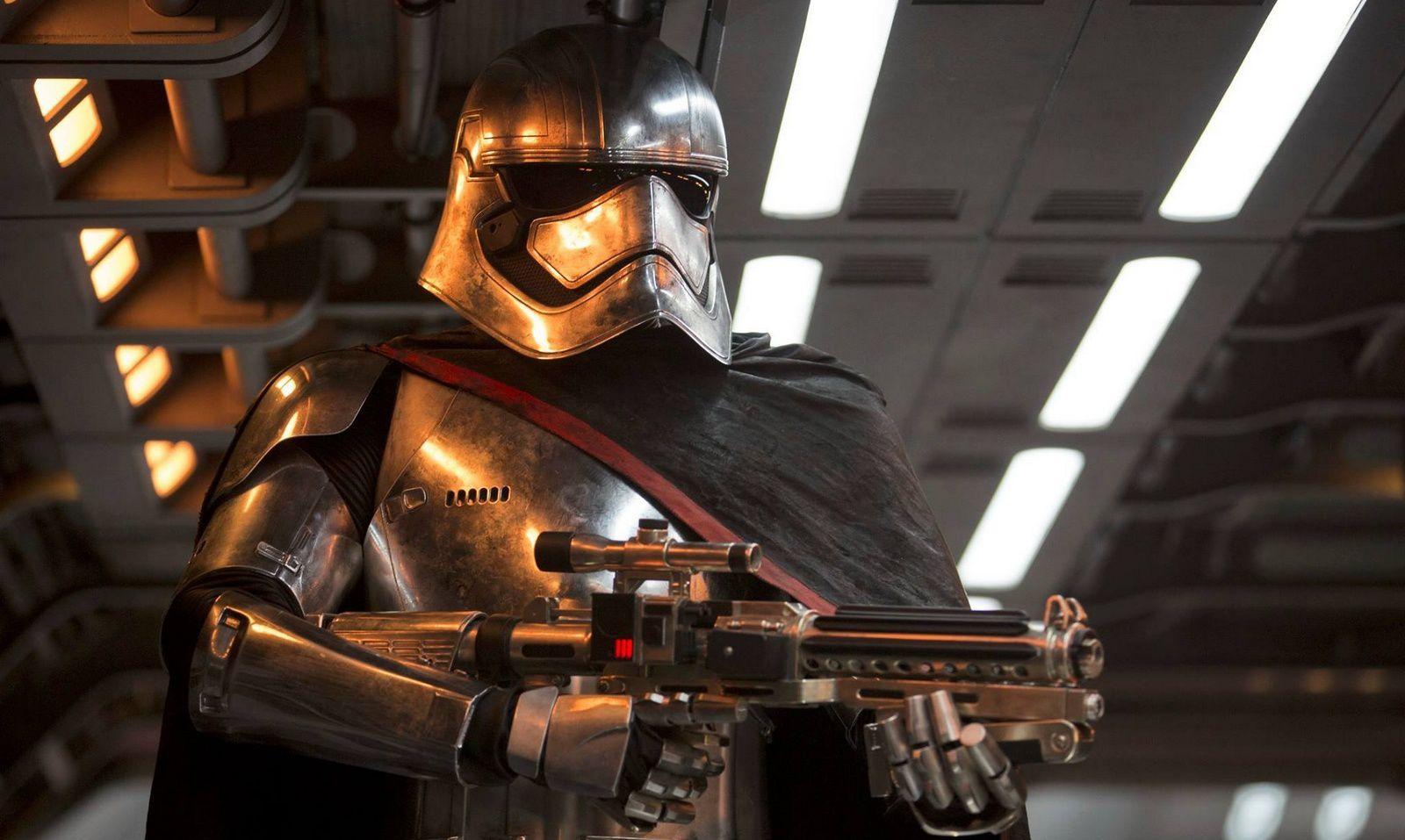 Star Wars : Le Capitaine Phasma confirme qu'il sera bien de retour dans l'Episode VIII