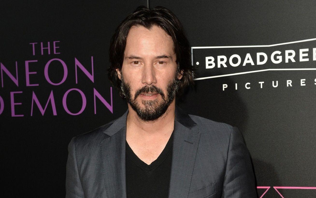 Keanu Reeves se bat contre le futur dans le film Replicas