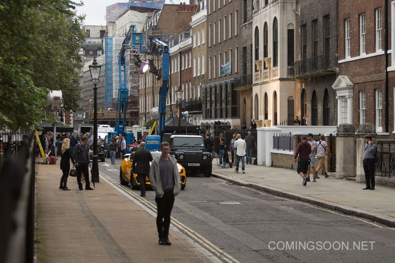 Transformers : The Last Knight – Photos du tournage à Londres avec Hot Rod, Bumblebee, Mark Wahlberg et Laura Haddock