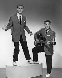 TOM &amp&#x3B; JERRY