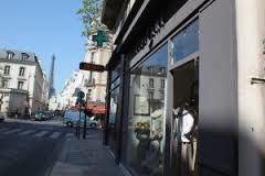 MOÏCANI  48 RUE SAINT DOMINIQUE  75007 PARIS  TEL : 01.45.51.19.75