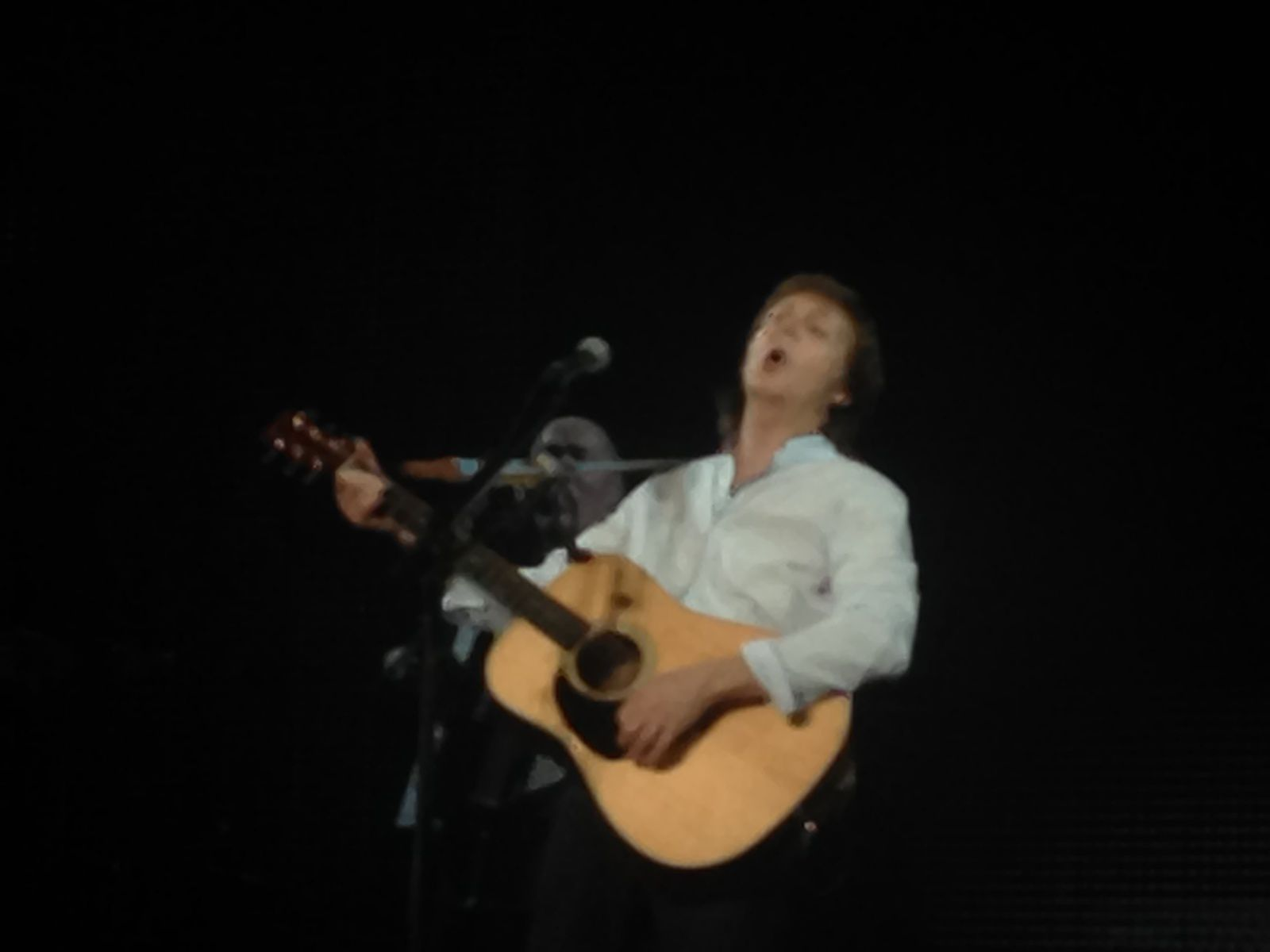 Paul McCartney in Great Voice at AccorHotels Arena, Paris, France
