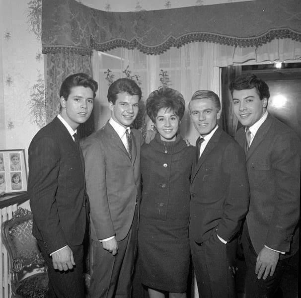 Cliff Richard,Bobby Vee, Helen Shapiro, Adam Faith & Tony Orlando