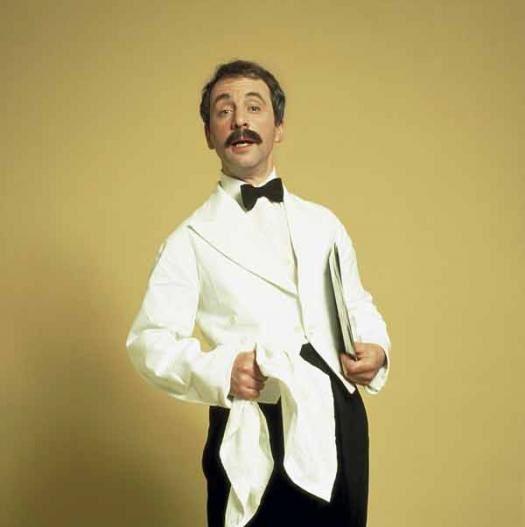 Mort de l'acteur Andrew Sachs, Manuel dans Fawlty Towers, à 86 ans