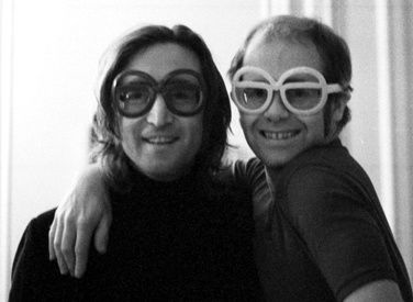 Elton John - Empty Garden (Song for John Lennon)