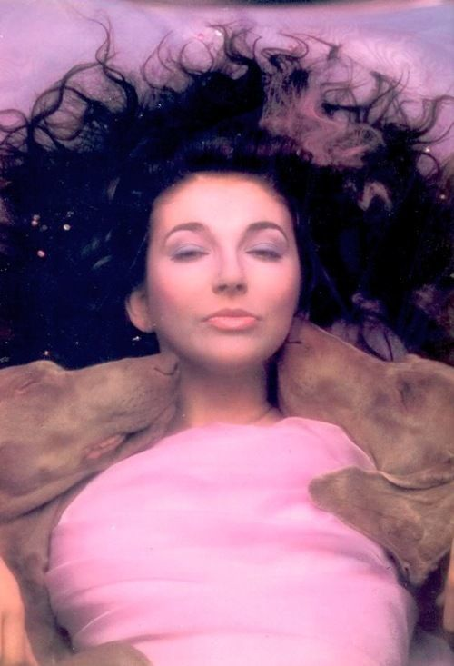 KATE BUSH HOUNDS OF LOVE PHOTOS SESSION