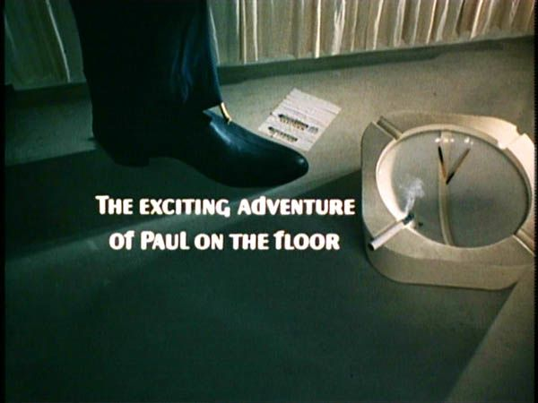 MINI MACCA (THE EXCITING ADVENTURE OF PAUL ON THE FLOOR)