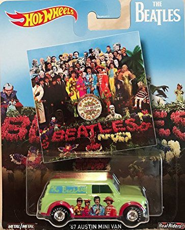 COLLECTING SGT PEPPER