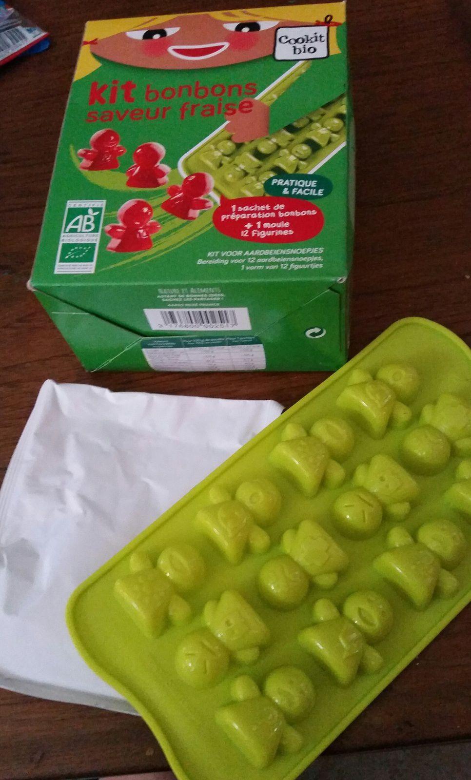 J'ai testé Cookit'Bio, le kit de bonbons à la fraise