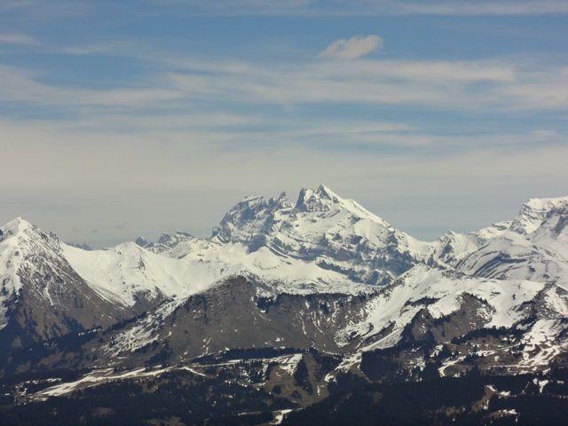Pte de Marcelly : vue sur les Dents du Midi (suisse), avec la Haute Cime 3250m (celle de droite) ... beau souvenir