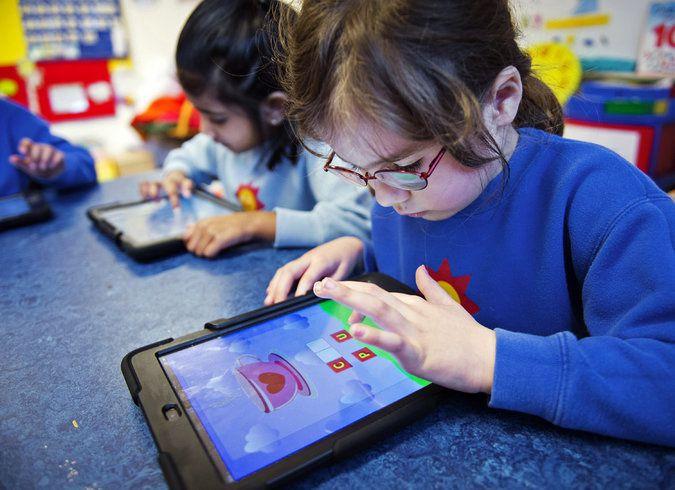 Very Beautiful and Cute Kids - Technology