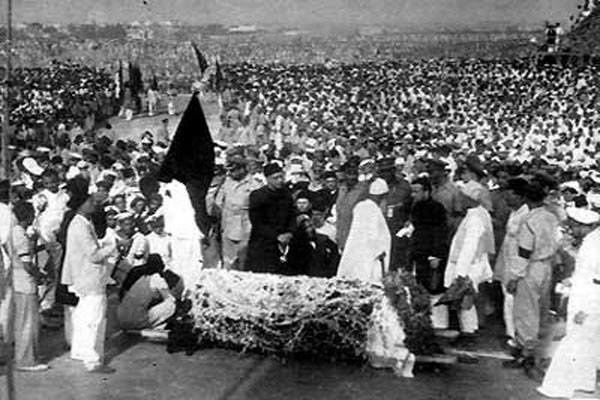 Rare And Memorable Picture Of The Founder Of Pakistan