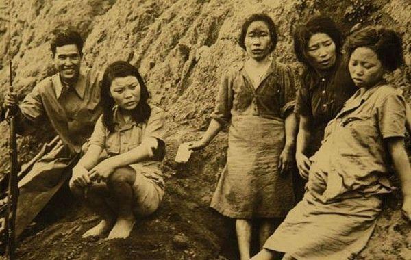 Retouche Photo sur les femmes de réconfort, encore...