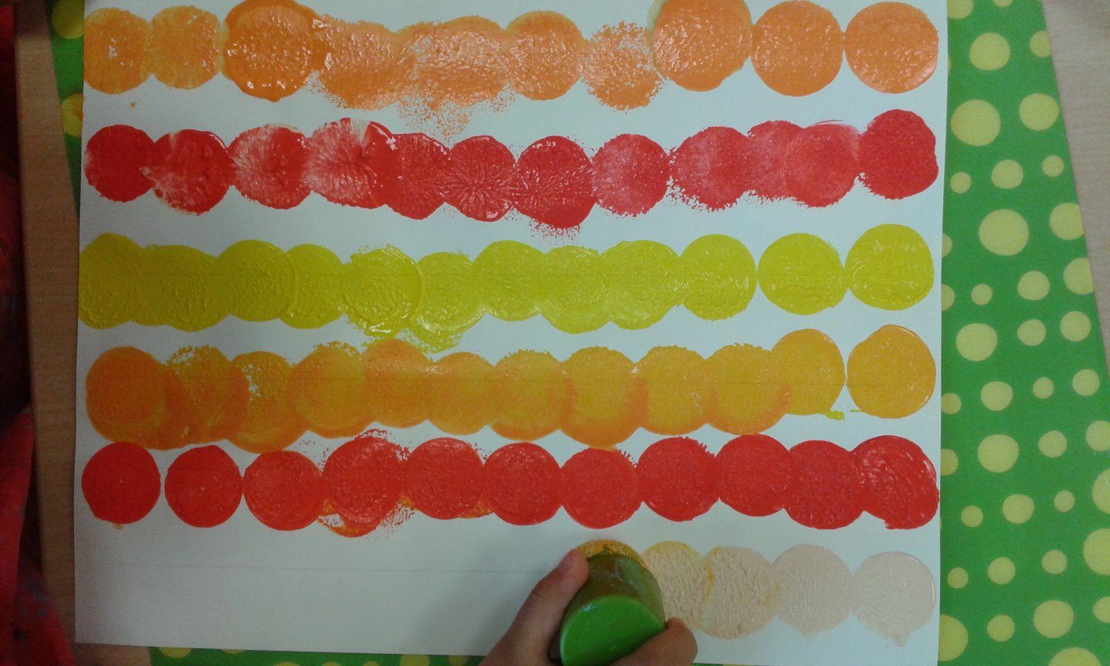 Traces 3 : Empreintes de ronds en lignes verticales