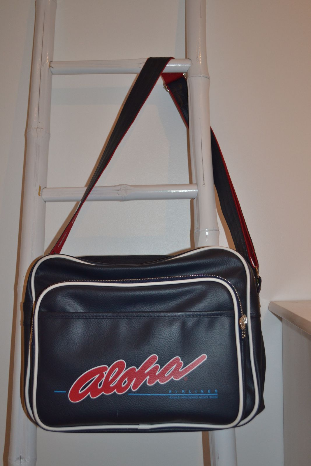 ... Les Sacs Airlines Originals