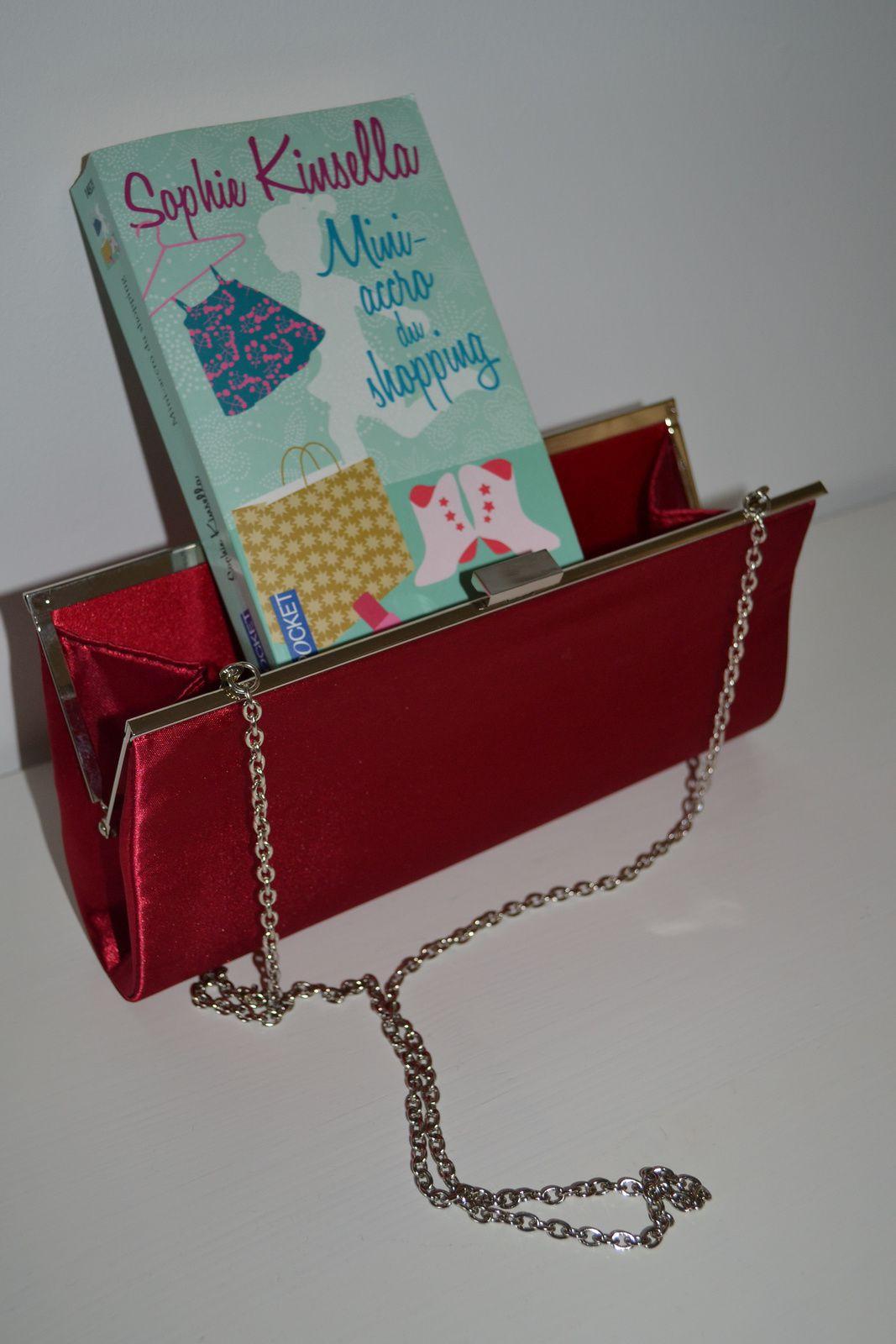 ... le livre: Mini-accro du shopping, de Sophie Kinsella