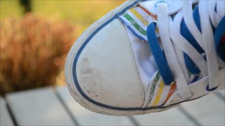 ... comment ôter les traces d'éraflures sur ses belles converses/sneakers
