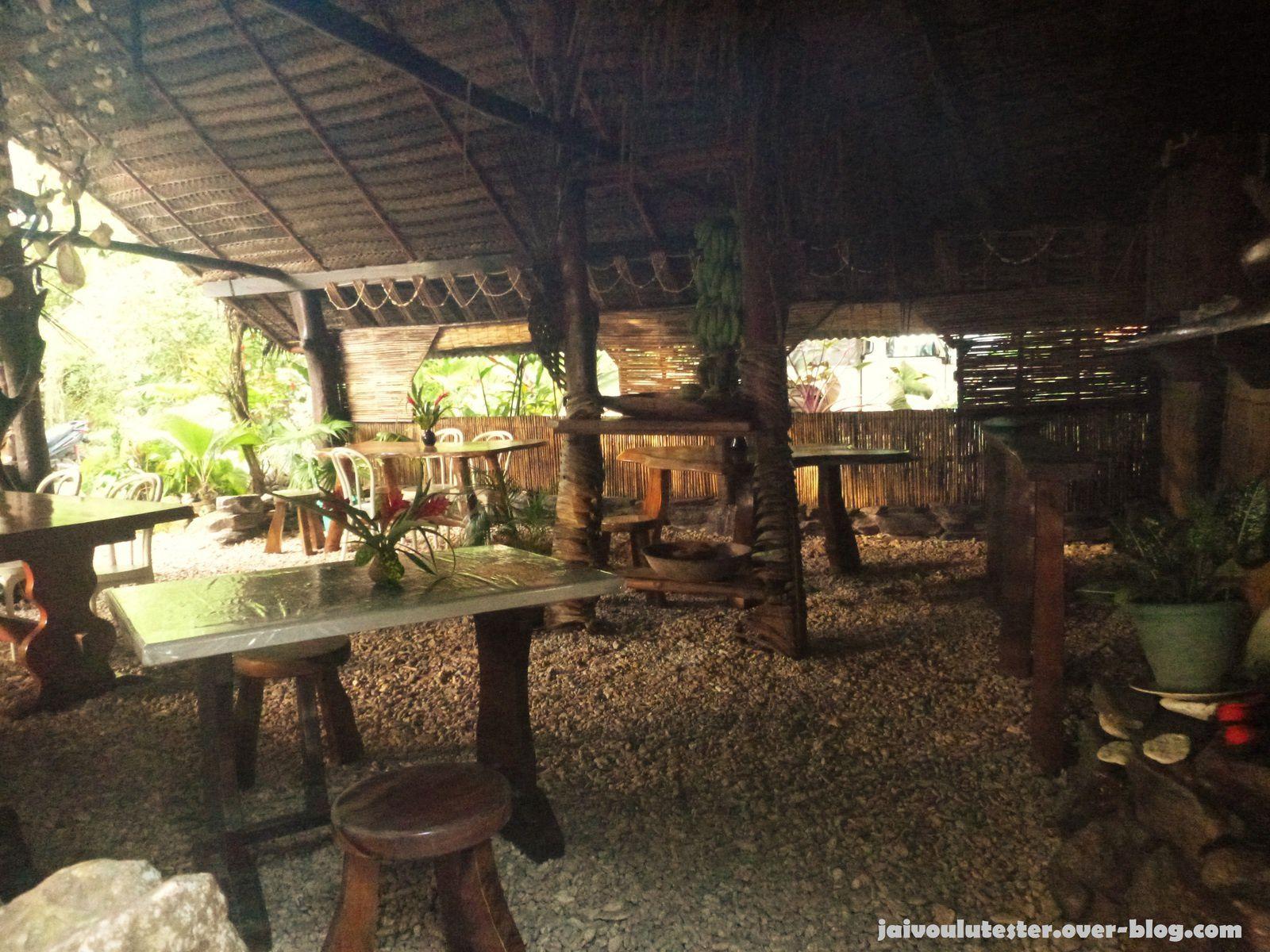 Pension Tupuna- Fare Potée (salle de restaurant)-Huahine