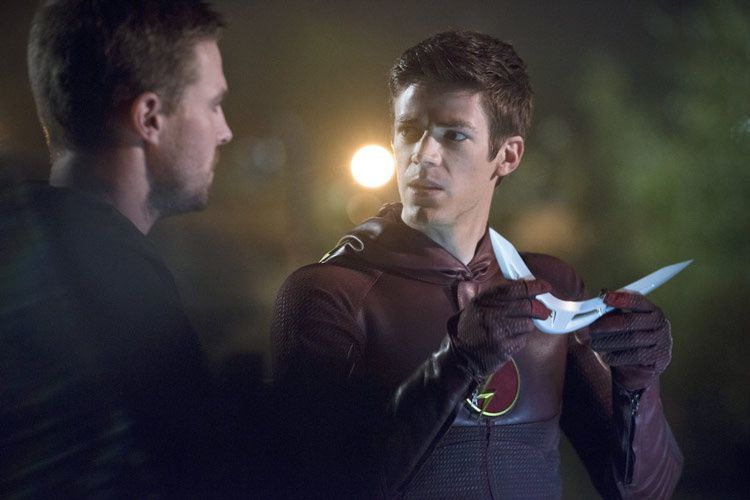 Arrow et Flash (Crédit photo : Warner Bros. Entertainment, Inc)