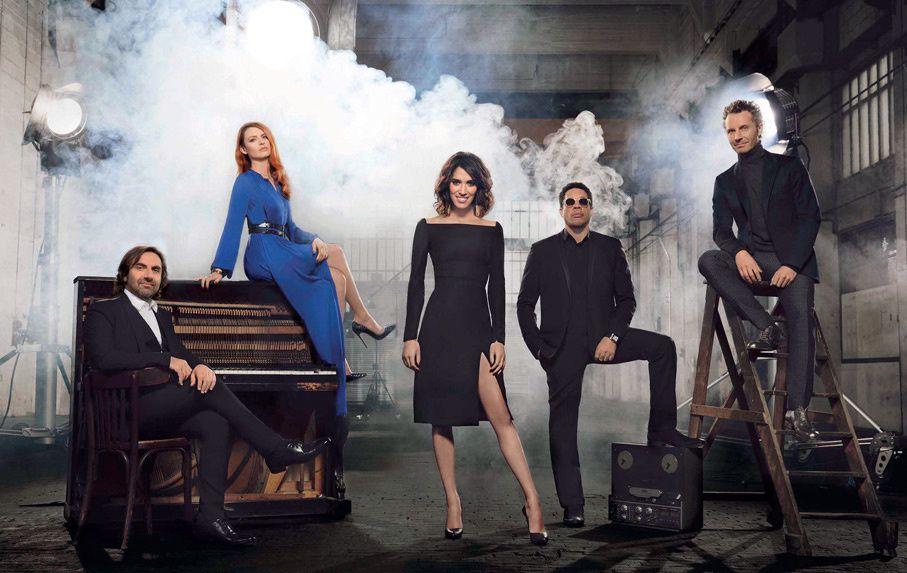 Le jury et Laurie Cholewa pour la saison 4 de Nouvelle Star (Crédit photo : D8 / DR)
