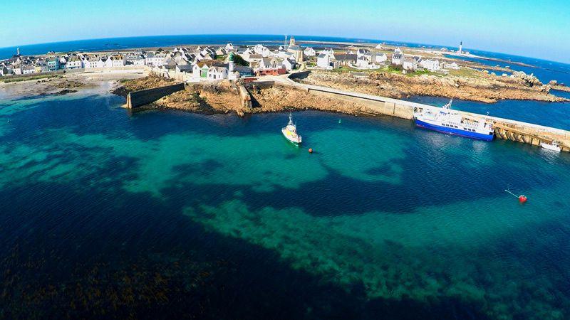 La Bretagne contre vents et marées
