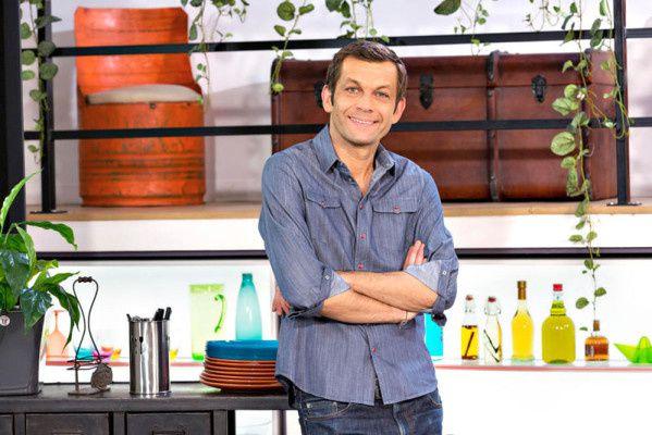 Laurent Mariotte &quot&#x3B;inaugure&quot&#x3B; une nouvelle cuisine pour ses petits plats en équilibre sur TF1