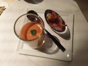 Amuse-bouche (poisson cru et velouté de tomate)