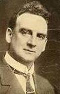 Justus D. Barnes as le tireur