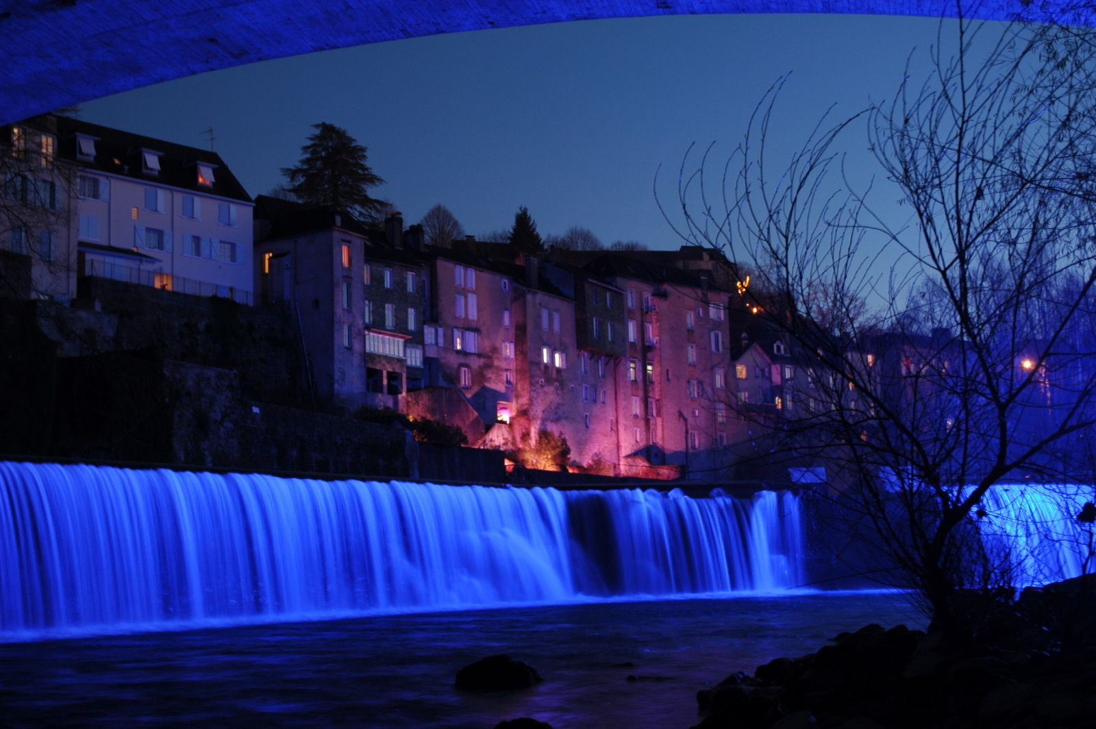 Oloron Ste Marie, ses illuminations sur les rives du gave