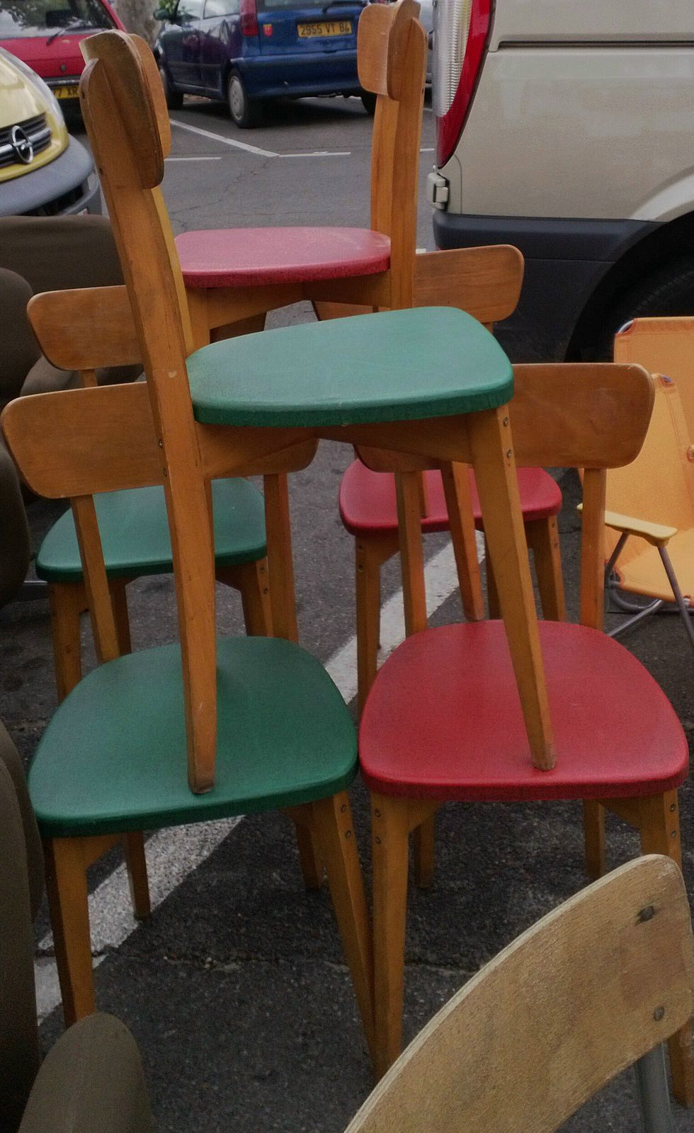 chaises bistrot vintage ann es 50 vente de mobilier vintage design scandinave ann es 50 60 70. Black Bedroom Furniture Sets. Home Design Ideas