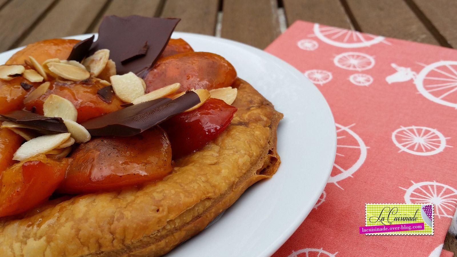 Tarte fine à l'Abricot, éclats croquants au Chocolat