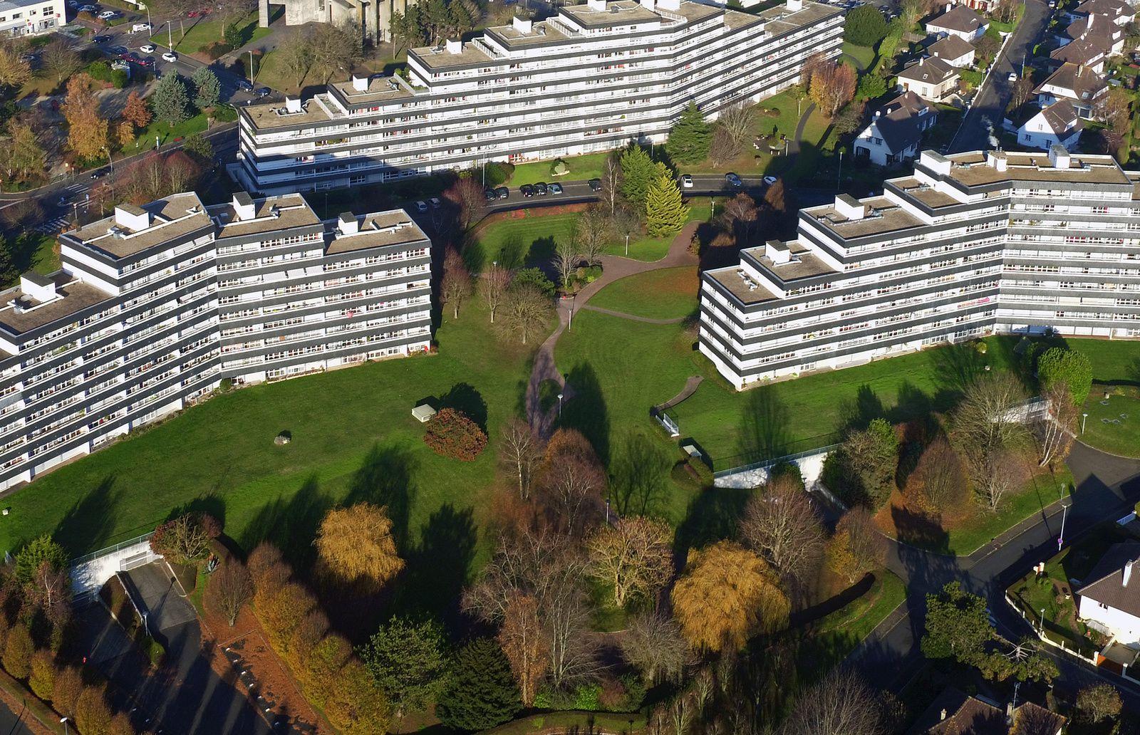 L'architecture audacieuse des résidences Méridien au Chemin vert date du début des années 70. . Photo aérienne François Monier, janvier 2017
