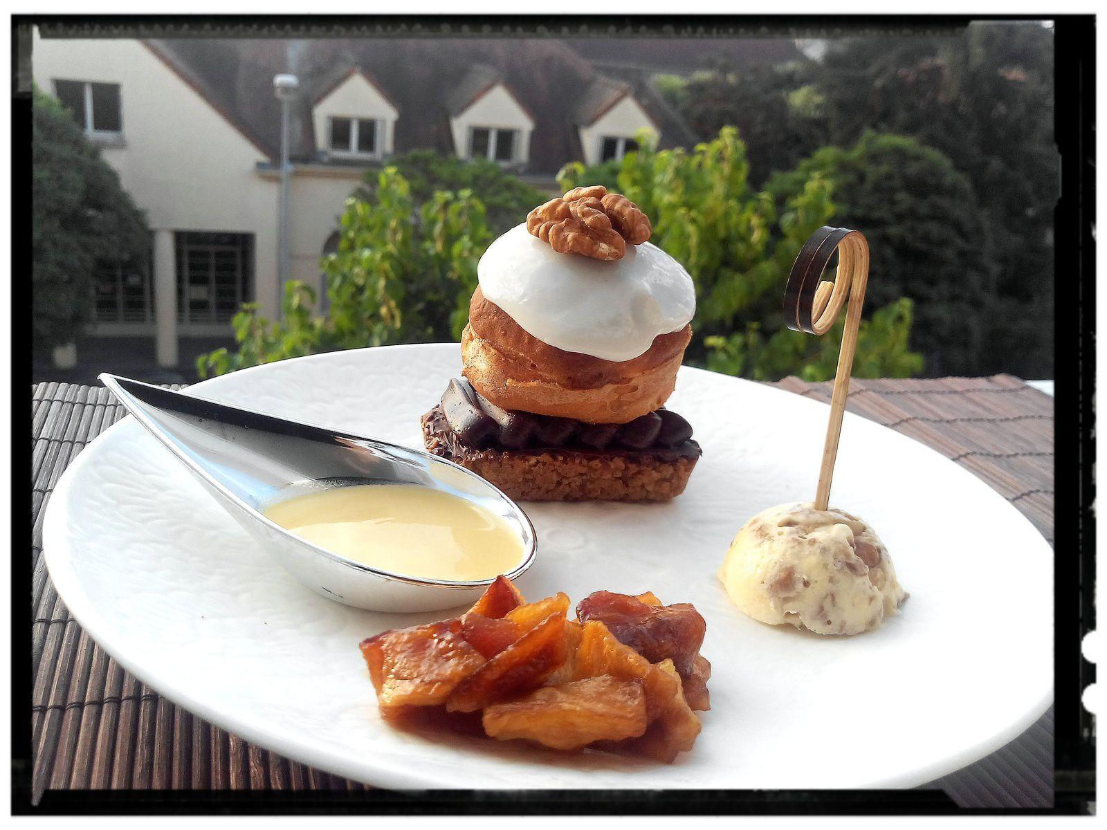 Barre avoine à la pomme râpée et son petit choux à la crème pain d'épices