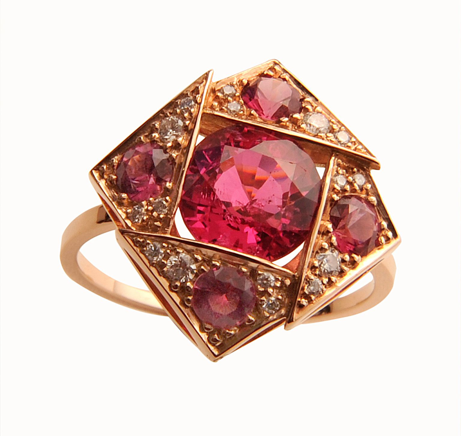 Bague Origami, or rose, spinelles roses ,diamants © Tiber