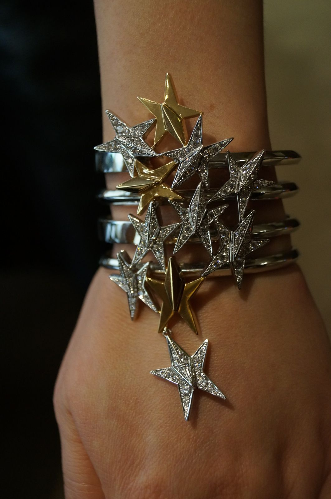 Atsuko Sano, Collection Cosmic, Bracelet, or,diamants, Photo © Bliss from Paris