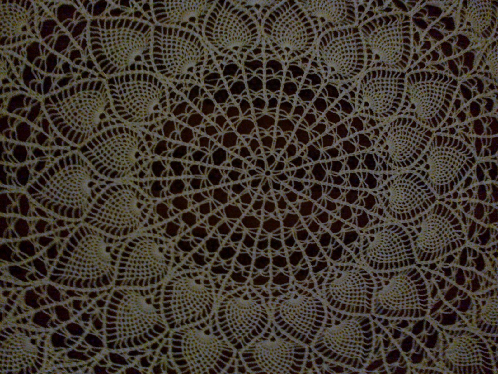 Crochet d'art : napperon cathédrale