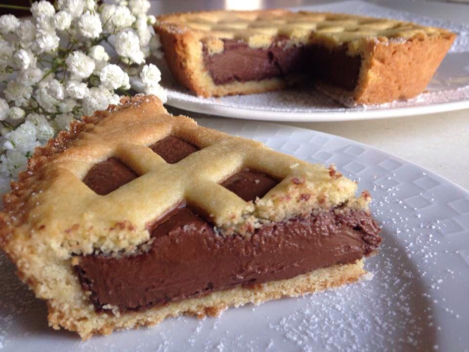 Bagno Nella Nutella.Crostata Alla Nutella La Tavola Rotonda Il Blog