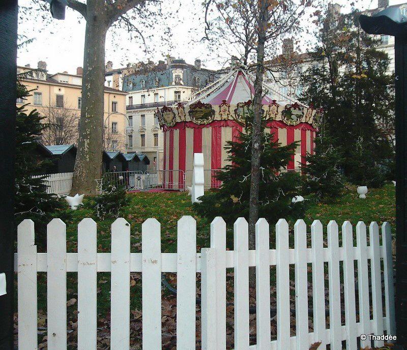 Marché de Noël à Lyon - le manège