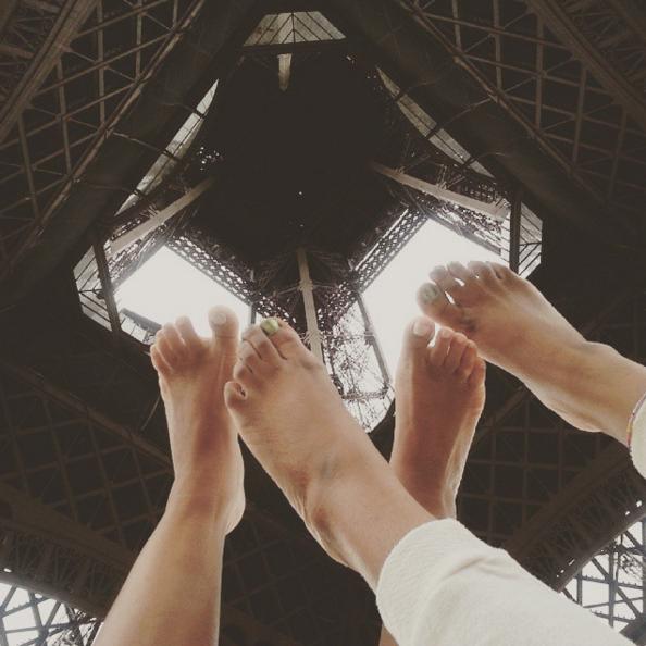 J'ai fait des rencontres, j'ai surmonté mes peurs, j'ai sauté d'une falaise, j'ai volé dans le ciel, j'ai dansé devant l'opéra de Paris, j'ai fait du yoga sous la Tour Eiifel, j'ai vécu à fond !