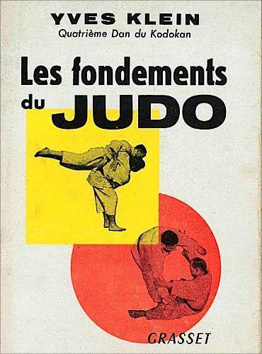 Les fondements du judo, publié en 1954. On le voit sur la couverture réalisant un Kata avec Igor Corréa