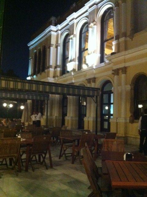 Déguster le plat préféré de Mehmet le Conquérent au pavillon de Malte